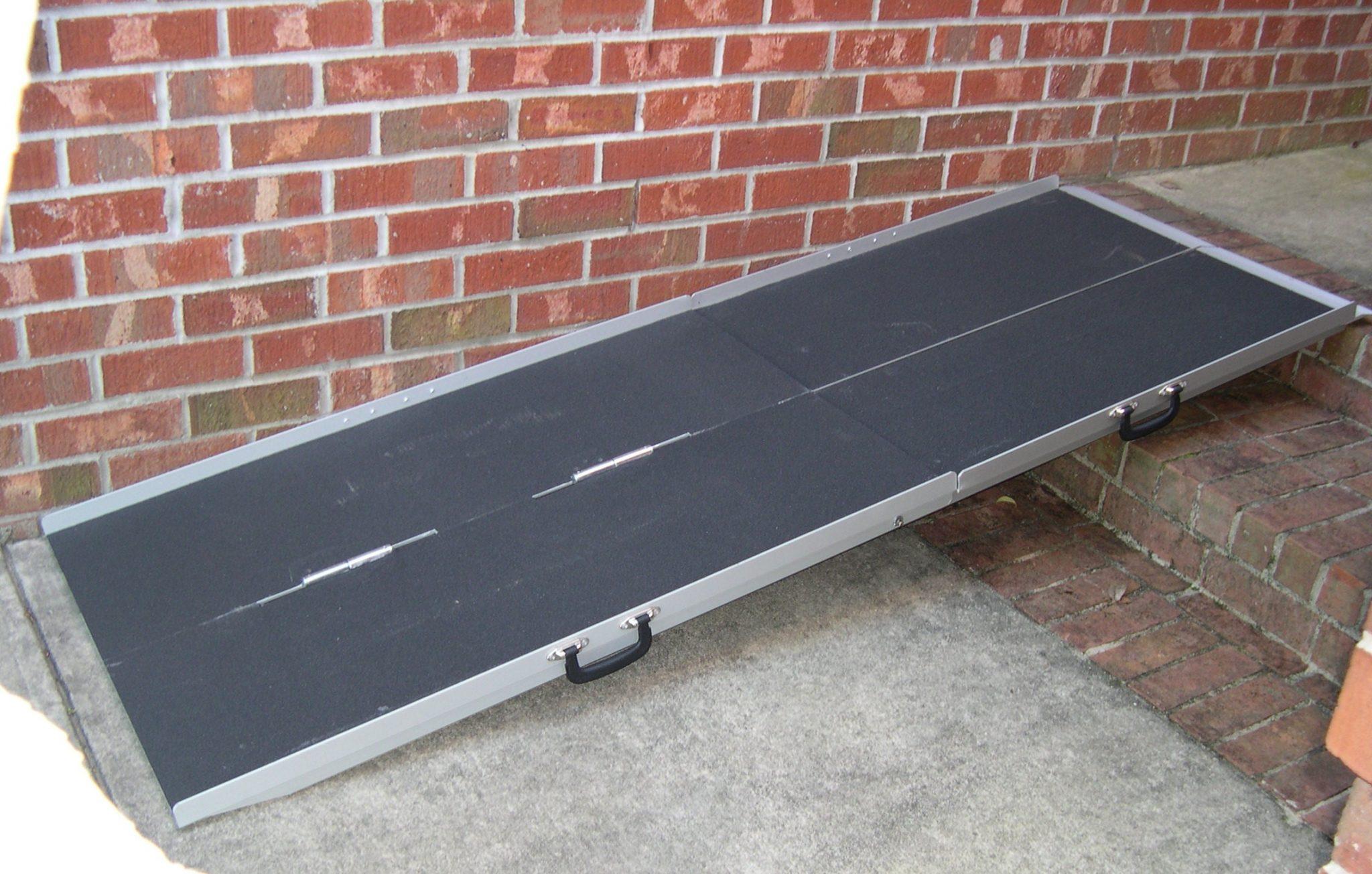 7 39 literamp portable suitcase ramp for Handicapped wheelchair